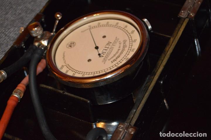 Antigüedades: PRECIOSO Y VINTAGE - TENSIÓMETRO EN ESTUCHE DE BAQUELITA - MUY BUEN ESTADO - DR H VON RECKLINGHAUSEN - Foto 9 - 115612999