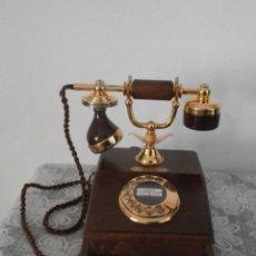 Teléfonos: TELÉFONO ESTILO ANTIGUO ALEMÁN MODELO LYON AÑOS 60 USO OFICICINAS DE CORREOS EN ALEMANIA Y FUNCIONA. Lote 115619635