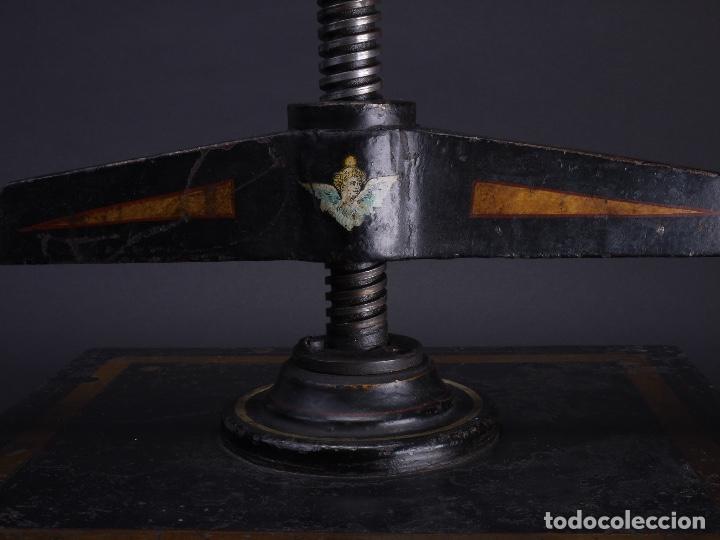 Antigüedades: PRENSA DE HIERRO FUNDIDO Y TORNO PARA IMPRENTA, MODELO ALEXANDER WERK 1800 - Foto 6 - 115798163