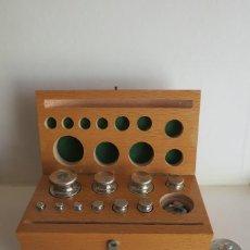 Antigüedades: CAJA DE PESAS DE 250 GRAMOS. Lote 116146503