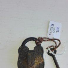 Antigüedades: ANTIGUO CANDADO DE ORIGEN INDIO. Lote 116412739