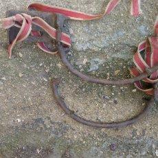 Antigüedades: GRAMPONES AÑOS 40/50 PARA SUBIR A POSTES ELECTRICOS. Lote 116431852