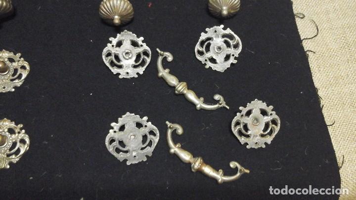 Antigüedades: Conjunto completo de tiradores en bronce .Grandes . Circa 1910-1920 - Foto 4 - 116493115