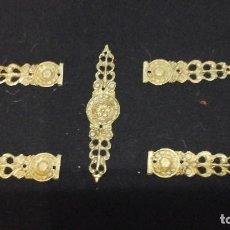Antigüedades: EMBELLECEDORES PARA MUEBLE , BRONCE , AÑOS 70. Lote 116582231