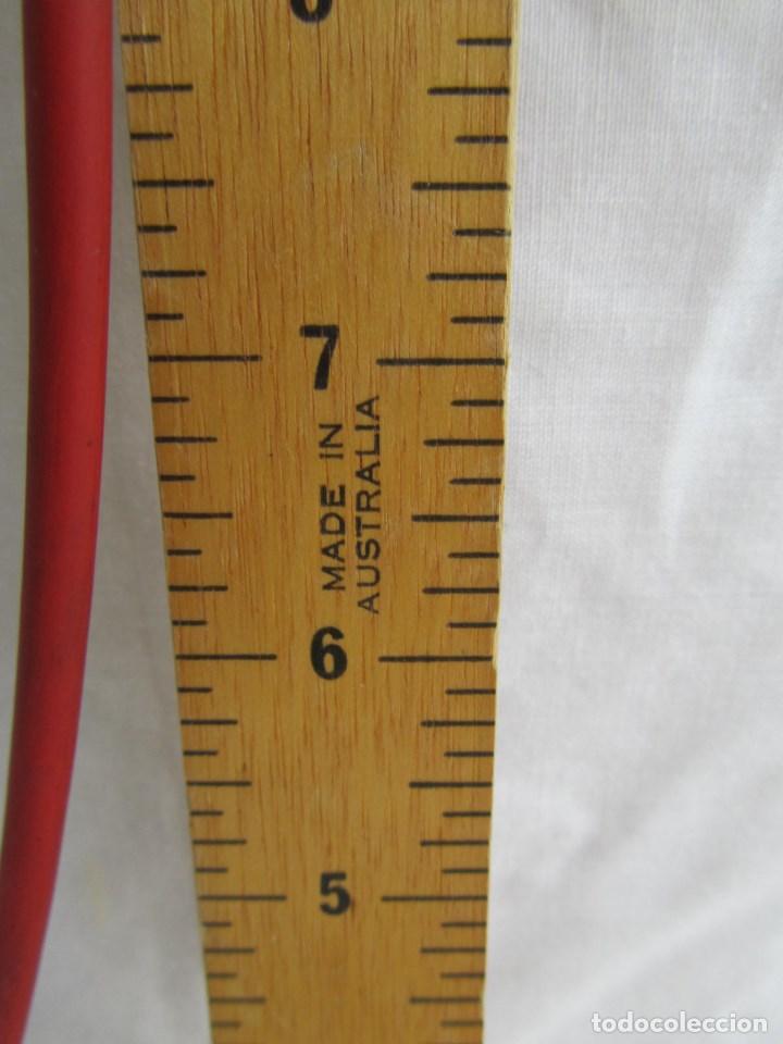Antigüedades: Herramienta de fabricación australiana Singer para marcar faldas con talco - Foto 6 - 116606151