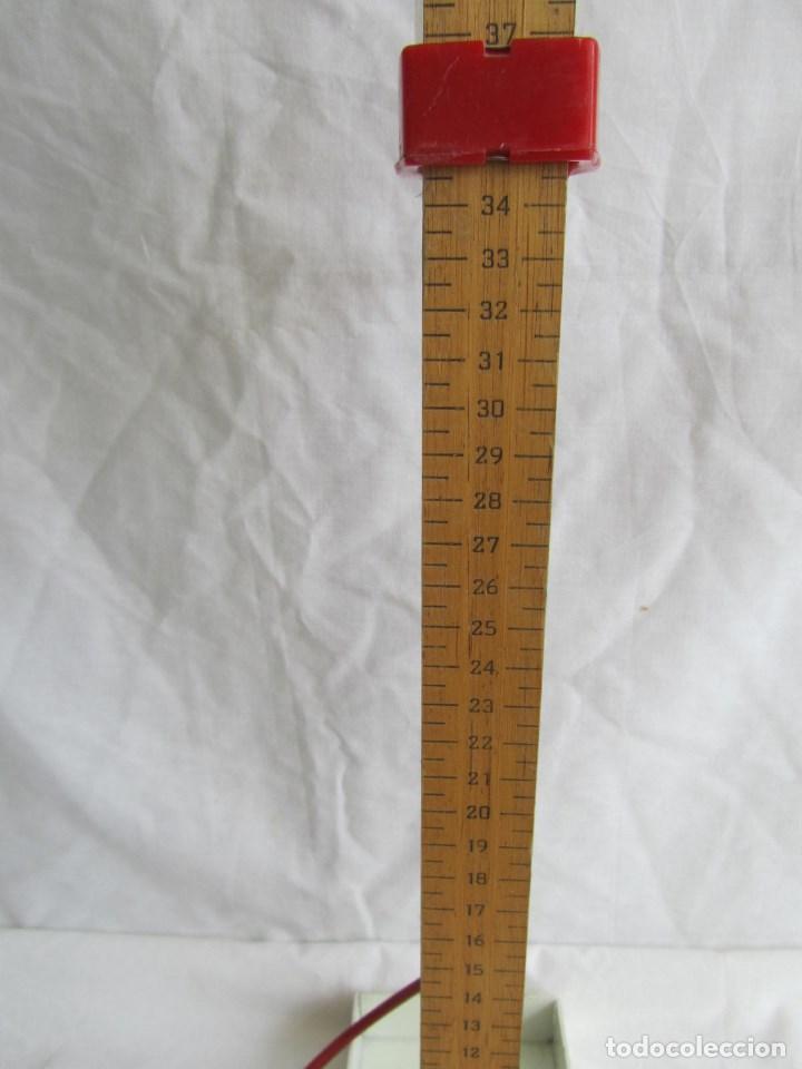 Antigüedades: Herramienta de fabricación australiana Singer para marcar faldas con talco - Foto 12 - 116606151