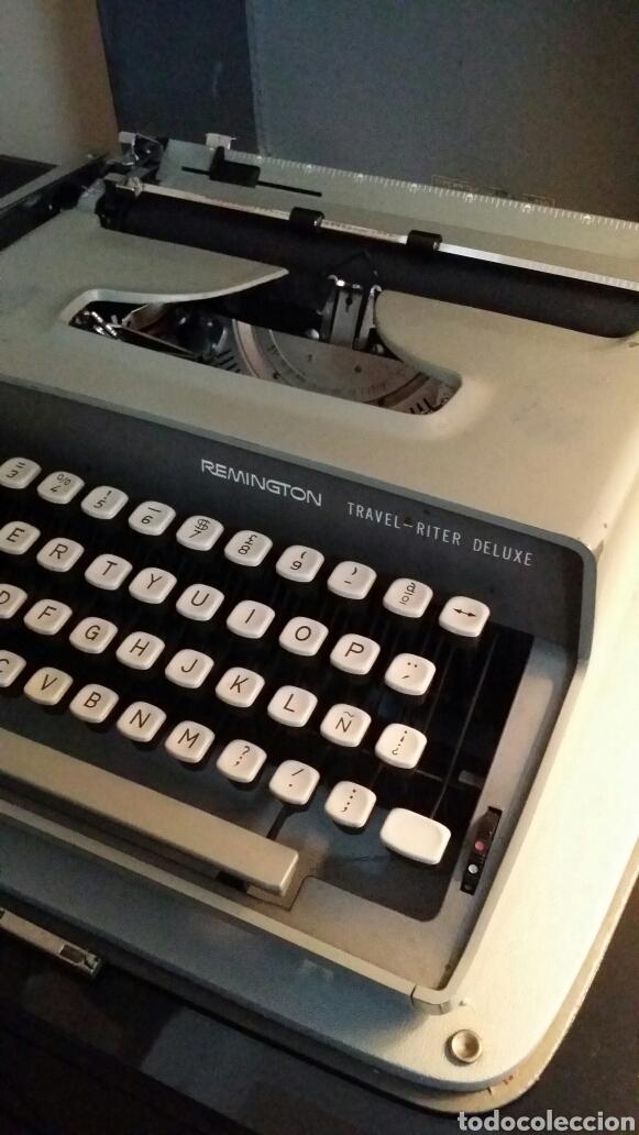 Antigüedades: Máquina de escribir Remington travel riter deluxe - Foto 3 - 116768112