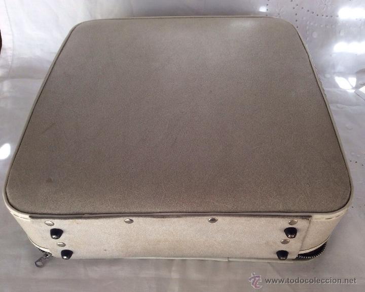 Antigüedades: BROTHER DELUXE 1350 antigua Máquina de escribir con su maleta - Foto 7 - 116865011