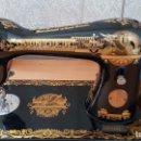 Antigüedades: ANTIGUA MAQUINA DE COSER SINGER FABRICADA EN GRAN BETRAÑA, NUEVA SIN APENAS USO. Lote 116981843