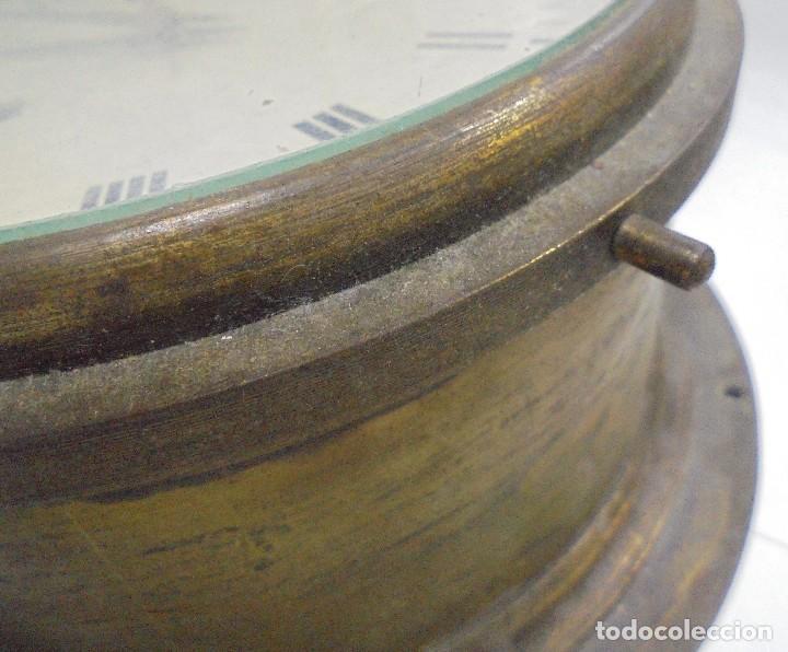 Antigüedades: ANTIGUO RELOJ DE BARCO. 17 CM DIAMETRO. FALTA LLAVE. VER FOTOS - Foto 4 - 117005951