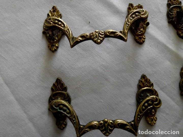 Antigüedades: Lote de 9 tiradores de bronce - Foto 6 - 117154539