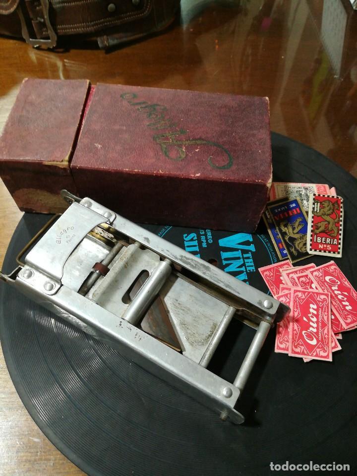 Antigüedades: Maquina de afilar navajas Allegro y cuchillas - Foto 2 - 117220299