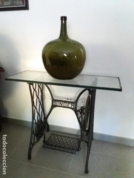 antigua mesa pie con cristal de máquina coser s - Comprar