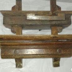 Antigüedades: CEPILLO DE CARPINTERO DE MADERA Y METAL. Lote 117792102