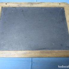 Antigüedades: ANTIGUA PIZARRA ESCOLAR AÑOS 50-60 MARCA SES. Lote 221494460