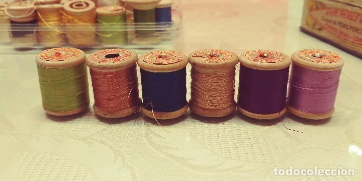 Antigüedades: 6 Antiguas bobinas-carretes madera. Hilo algodón. Elaborado especialmente máquinas SINGER - Foto 4 - 118208799