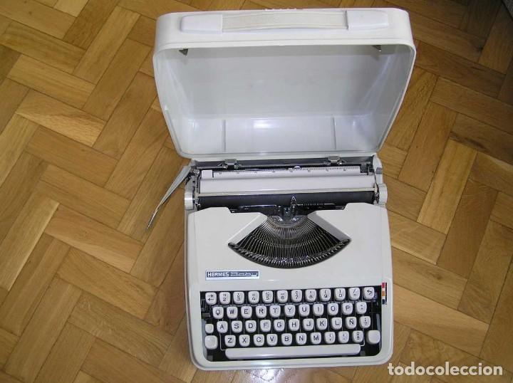 MAQUINA DE ESCRIBIR HERMES BABY CON SU MALETIN TYPEWRITER (Antigüedades - Técnicas - Máquinas de Escribir Antiguas - Hermes)