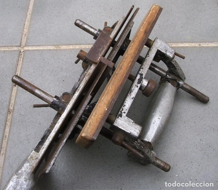 Antigüedades: raro cepillo / acanalador lewin aluminio y acero, con una cuchilla (28x20cm aprox) - Foto 8 - 118346215