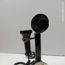 Teléfonos: BONITO TELÉFONO DE BAQUELITA NEGRO AÑOS 70-80 ESTILO RETRO EXCELENTE PIEZA DE DECORACIÓN. Lote 118503995