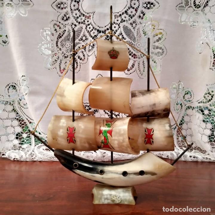 BARCO TALLADO A MANO DE ASTA DE TORO. 3 MÁSTILES. ARTESANÍA EN ASIA (Antigüedades - Antigüedades Técnicas - Marinas y Navales)