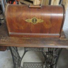 Antigüedades: MAQUINA DE COSER SINGER. Lote 243962870