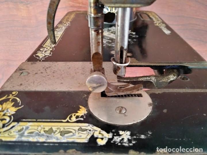 Antigüedades: Antigua cabeza de maquina de coser Singer para decoración o piezas (ver fotos) - Foto 6 - 118588563