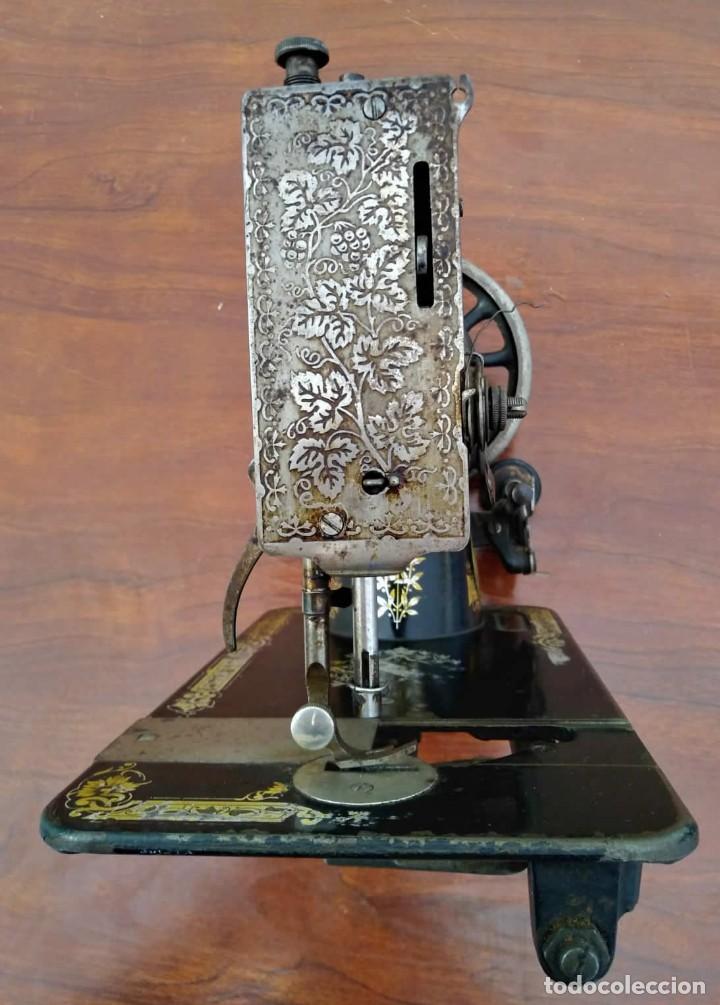 Antigüedades: Antigua cabeza de maquina de coser Singer para decoración o piezas (ver fotos) - Foto 8 - 118588563