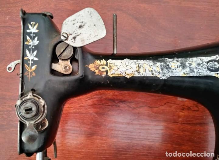 Antigüedades: Antigua cabeza de maquina de coser Singer para decoración o piezas (ver fotos) - Foto 12 - 118588563