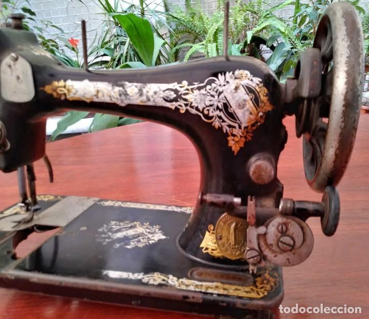 Antigüedades: Antigua cabeza de maquina de coser Singer para decoración o piezas (ver fotos) - Foto 13 - 118588563