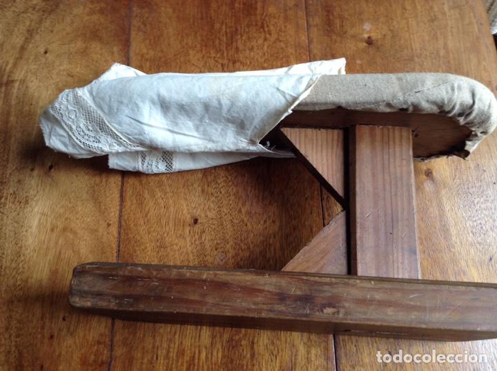 Antigüedades: Tabla planchar mangas y regalo - Foto 3 - 118639239