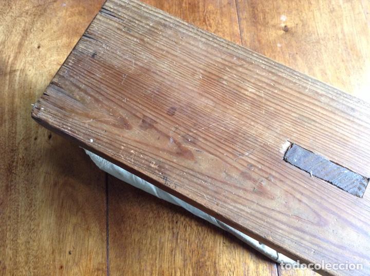 Antigüedades: Tabla planchar mangas y regalo - Foto 4 - 118639239