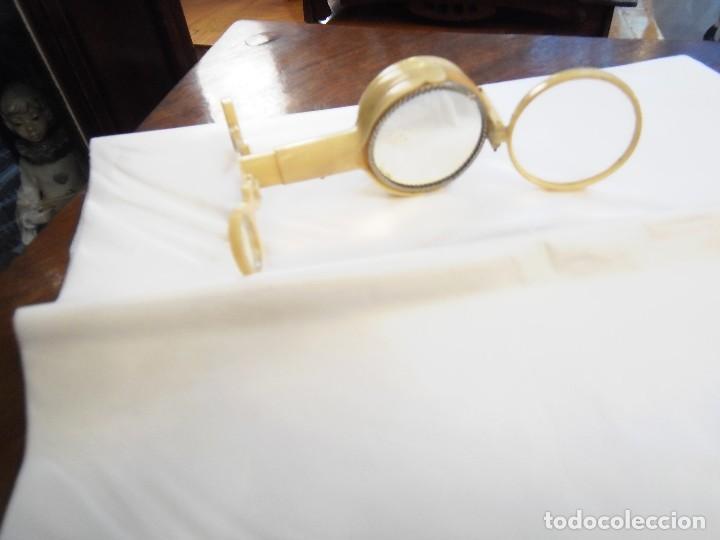 Antigüedades: Brujula de explorador,alemana, es de celuloide, tiene lupa,espejo y sistema para hacer fuego. - Foto 2 - 118658551