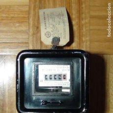Antigüedades: CONTADOR MONOFÁSICO AEG TIPO J6 - PRECINTADO VERIFICADO EN 1955. Lote 118700519