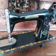 Antigüedades: ANTIGUA MAQUINA DE COSER HEXAGON. Lote 118849087