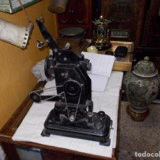 Antigüedades: PROYECTOR ANTIGUO. Lote 118935859