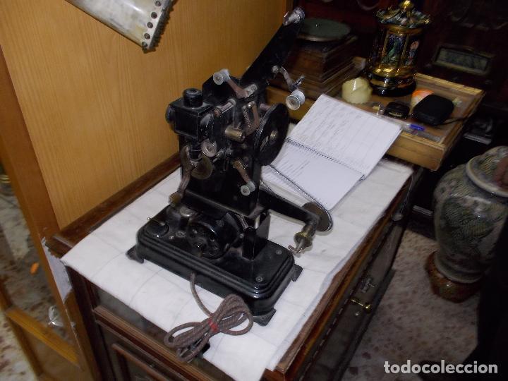 Antigüedades: proyector antiguo - Foto 2 - 118935859