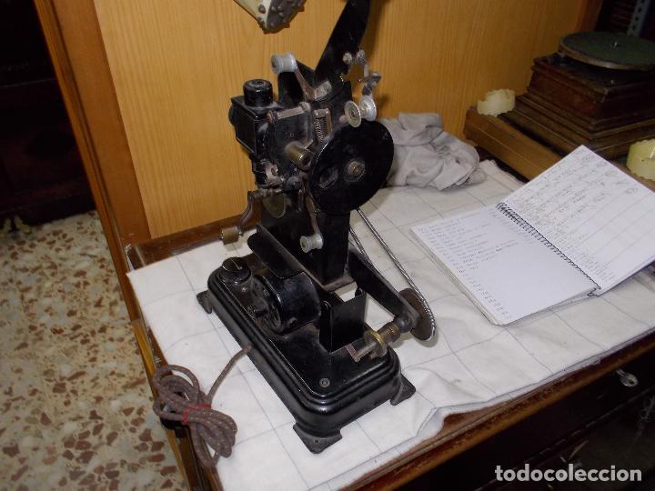 Antigüedades: proyector antiguo - Foto 6 - 118935859