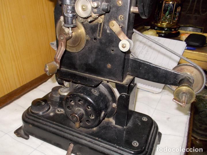 Antigüedades: proyector antiguo - Foto 8 - 118935859