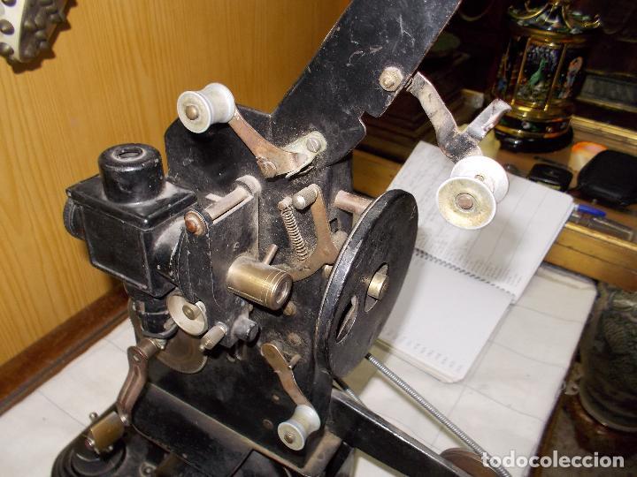 Antigüedades: proyector antiguo - Foto 10 - 118935859
