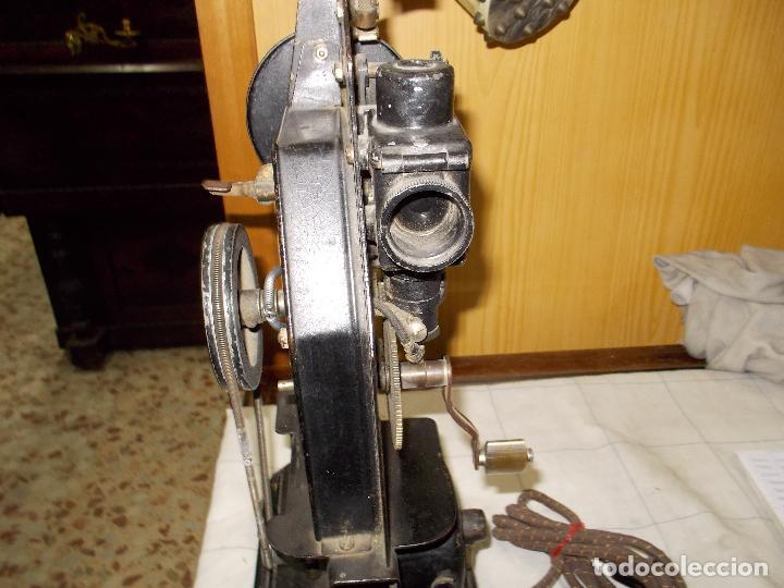 Antigüedades: proyector antiguo - Foto 12 - 118935859