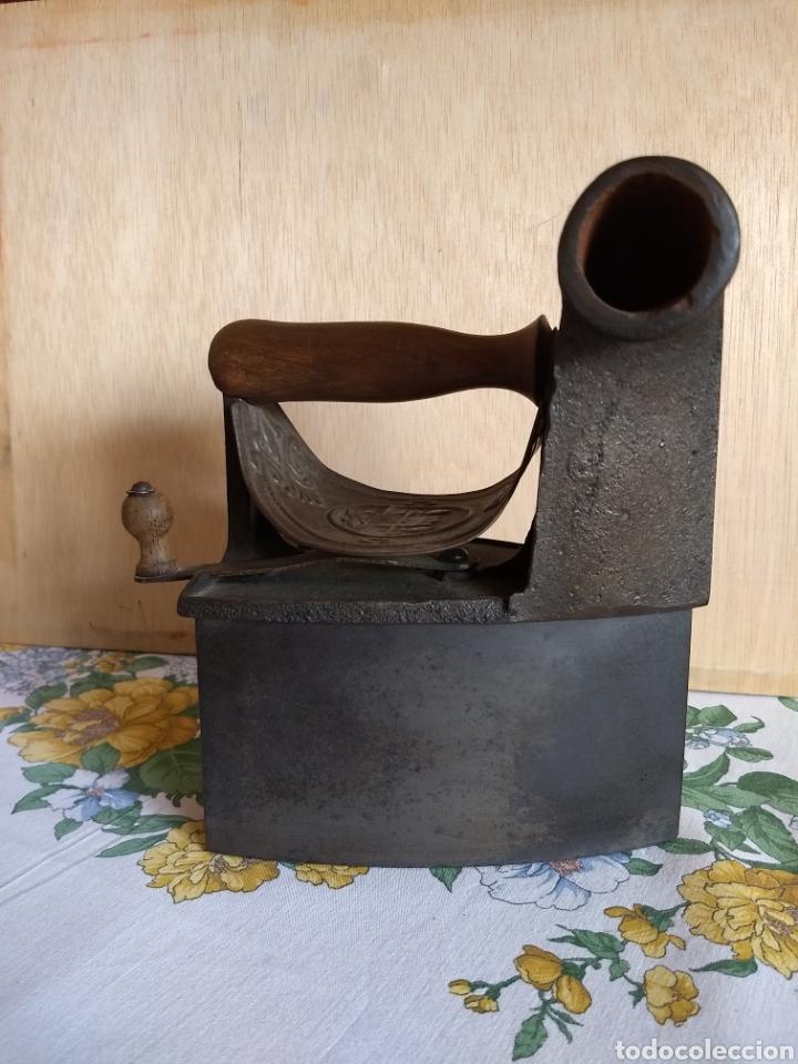 PLANCHA ANTIGUA DE CHIMENEA (Antigüedades - Técnicas - Planchas Antiguas - Carbón)