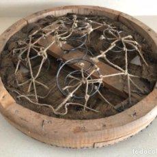 Antigüedades: ASIENTO SILLÓN BARBERO . Lote 119034071