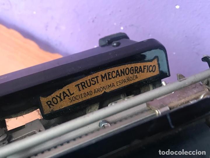 Antiquitäten: Maquina de escribir royal portatil en buen estado - Foto 14 - 135052006