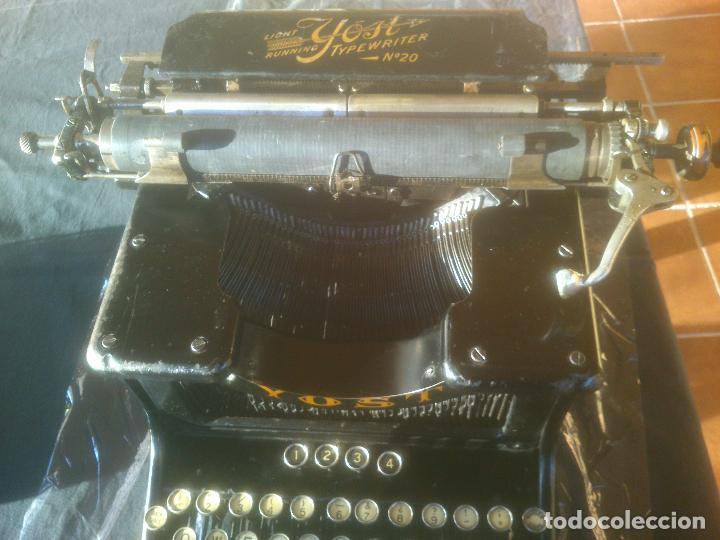 Antigüedades: Antigua maquina de escribir YOST - Foto 3 - 119053359