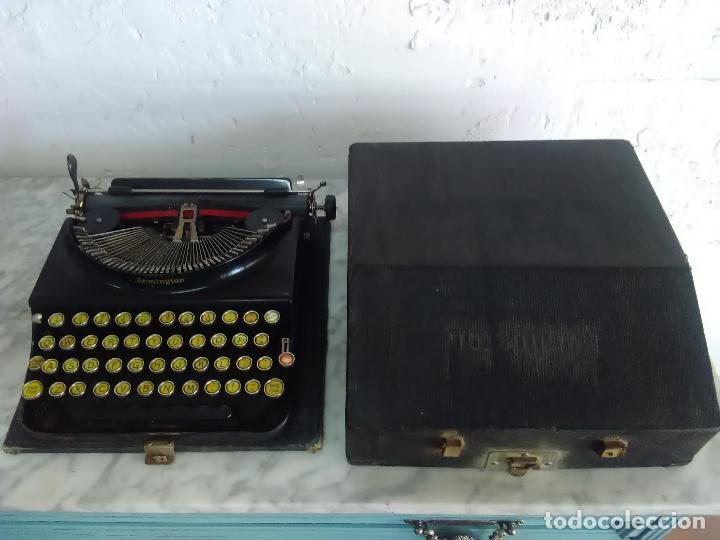 Antigüedades: Maquina de escribir Remington, fabricada en Usa, teclado en español - Foto 2 - 119090263