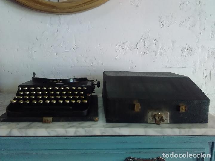 Antigüedades: Maquina de escribir Remington, fabricada en Usa, teclado en español - Foto 3 - 119090263
