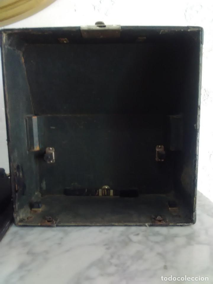 Antigüedades: Maquina de escribir Remington, fabricada en Usa, teclado en español - Foto 4 - 119090263