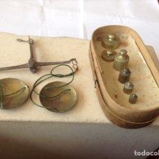 Antigüedades: BALANZA Y PESAS. Lote 119110183
