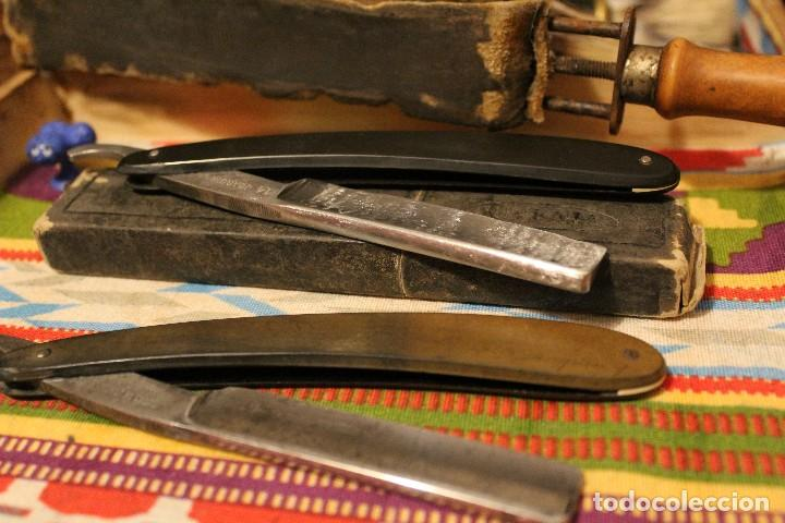 LOTE 2 NAVAJAS DE BARBERO/ AFEITAR (SOLINGEN 14 Y JUVENIA) + ASENTADOR (Antigüedades - Técnicas - Barbería - Navajas Antiguas)