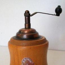 Antigüedades: MINIATURA MOLINILLO DE CAFÉ ARMÍN TRÖSSER. Lote 119235859